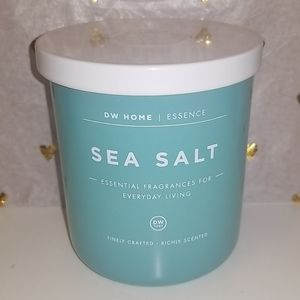 Brand New DW HOME Sea Salt scented candle